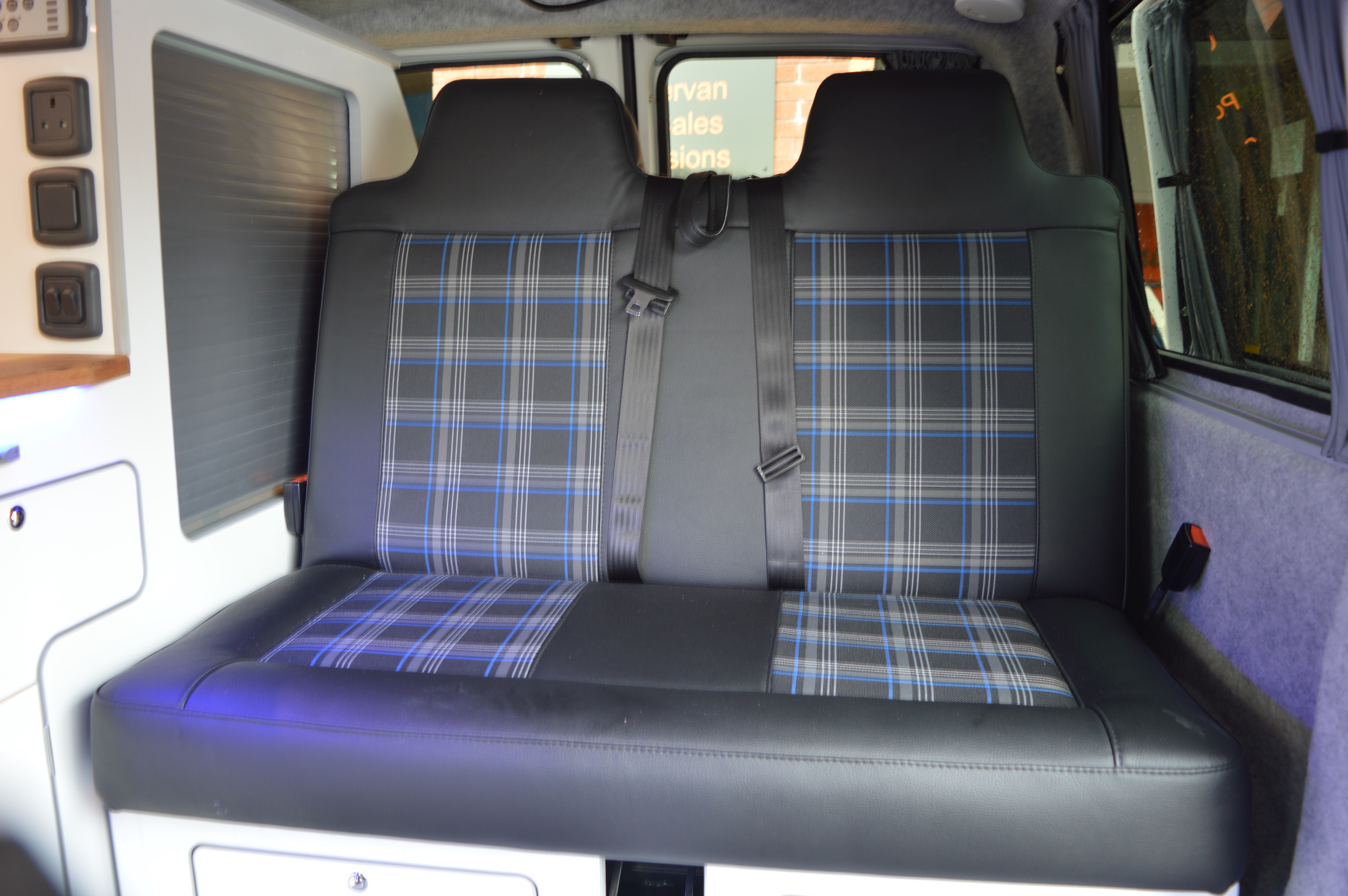 Our Latest Gti Fabric Rnr Bed Amp Front Seats Rnr Beds By